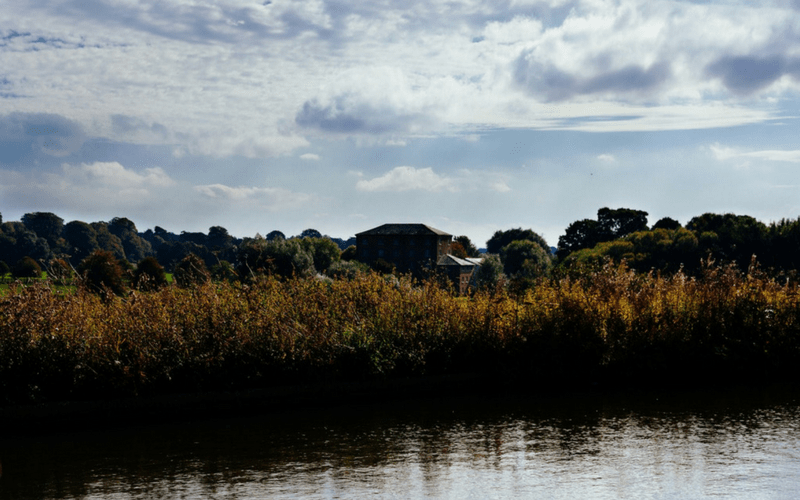 LittleVisuals free photo - Canal